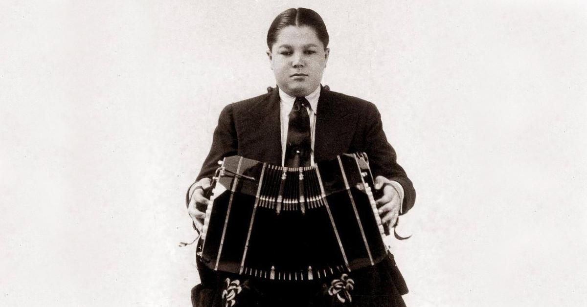 Aníbal Troilo niño, bandoneonista, director y compositor de nuestro Tango.