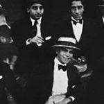 Eduardo Arolas, bandoneonista, director y compositor de nuestro Tango, con su orquesta en Montevideo en 1919.